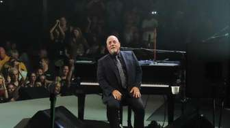 Billy Joel performs the final concert at the