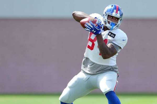 New York Giants tight end Larry Donnell makes