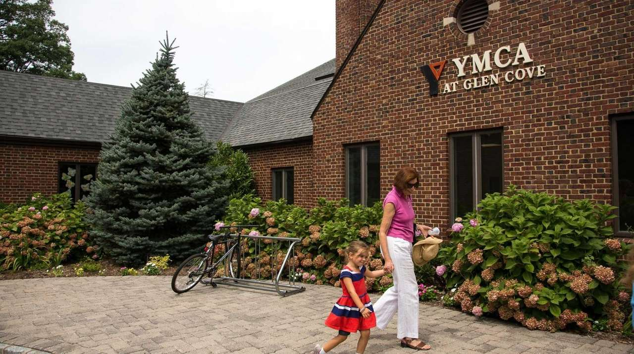 Concerns grow in Glen Cove over the future of the YMCA | Newsday