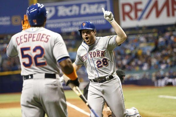 Daniel Murphy of the New York Mets celebrates