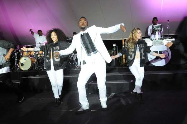 Jason Derulo performs at a special VH1 Save