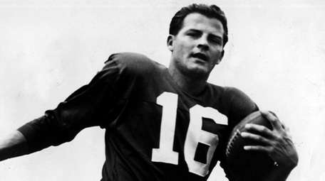 Frank Gifford poses for a photo soon after