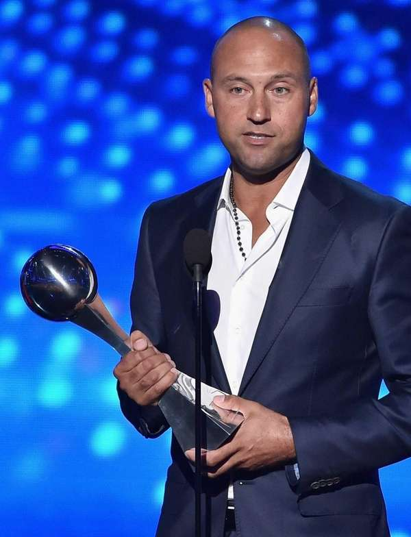 Derek Jeter accepts the Icon Award onstage during