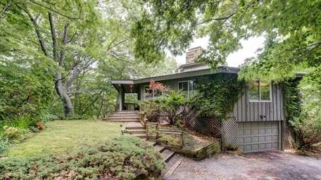An octagonal-shaped house in Baiting Hollow, new to