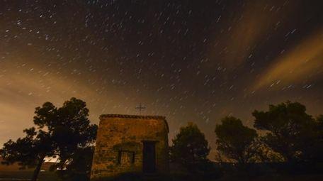 Stars seen as streaks from a long camera