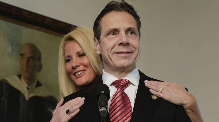 Sandra Lee and Gov. Andrew M. Cuomo after