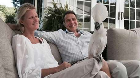 Sandra Lee with Gov. Andrew M Cuomo on