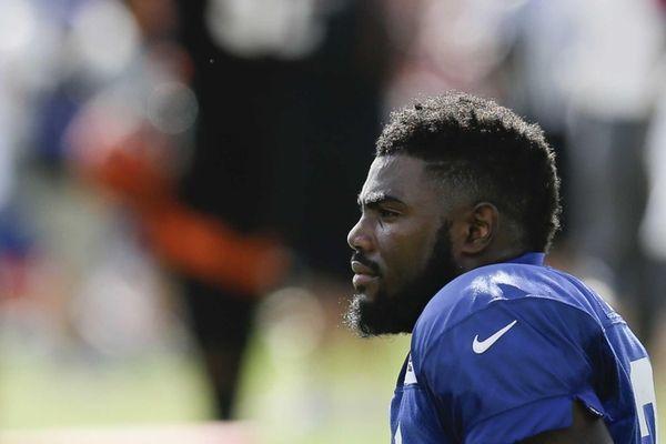 New York Giants safety Landon Collins waits between
