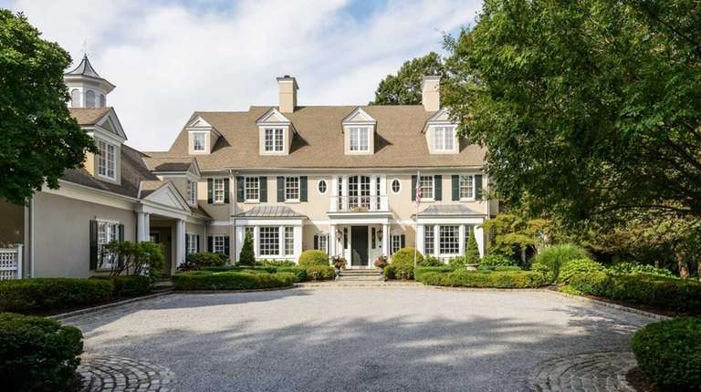 A home in Laurel Hollow may have been