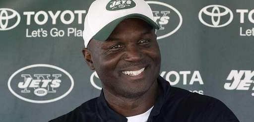 Jets head coach Todd Bowles speaks with the