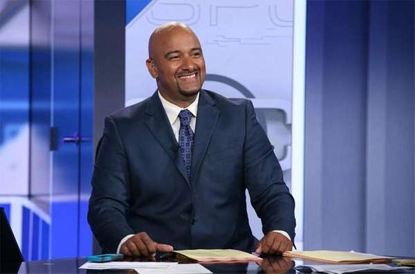 Jonathan Coachman on the set of ESPN's