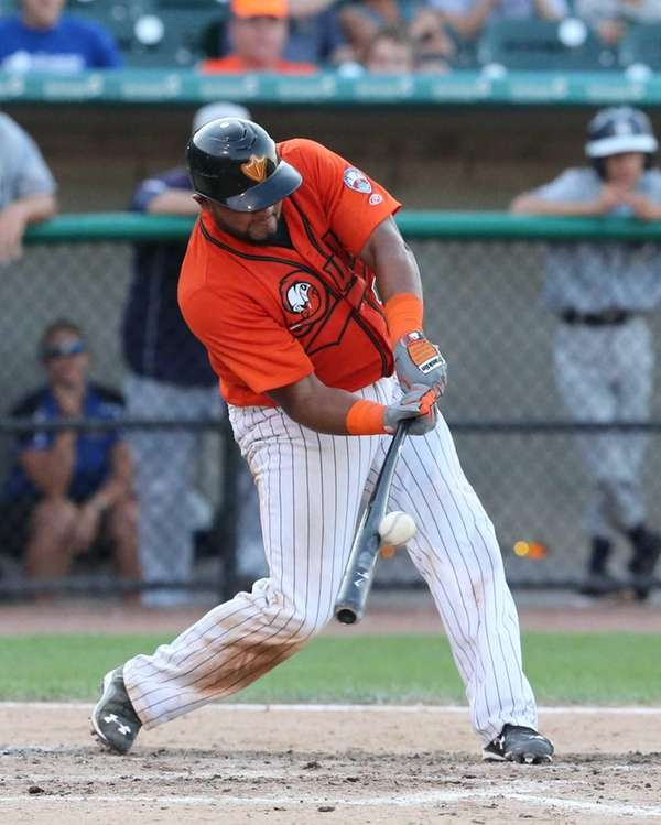 The Long Island Ducks' Nelfi Zapata hits an