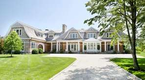 This newly constructed house in Bridgehampton has a