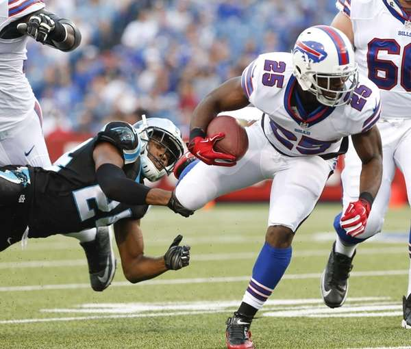 Buffalo Bills running back LeSean McCoy (25) is