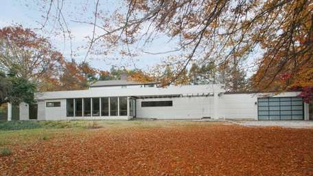 This 1958 ranch in Brookville, on the market