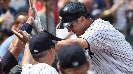 New York Yankees manager Joe Girardi greets Yankees