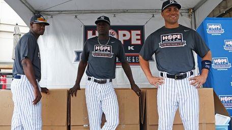 From left, Yankees' Luis Severino, Didi Gregorius and