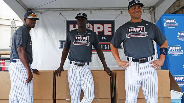 From left, Yankees' Luis Severino, Didi Gregorius and
