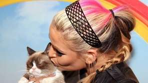 WWE Diva and E!