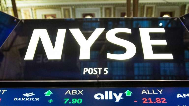 Stocks are rising Wednesday, Oct. 28, 2015, before
