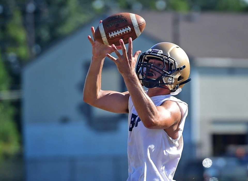 Bayport-Blue Point's Vincent Lombardi works out with the