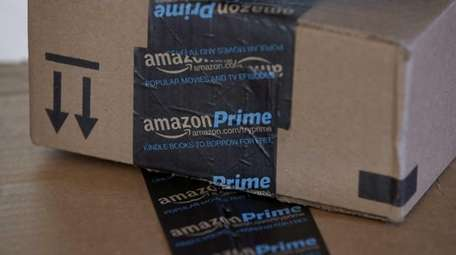 AmazonFresh service is becoming available in Nassau County