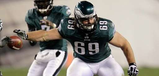 Evan Mathis of the Philadelphia Eagles drops back