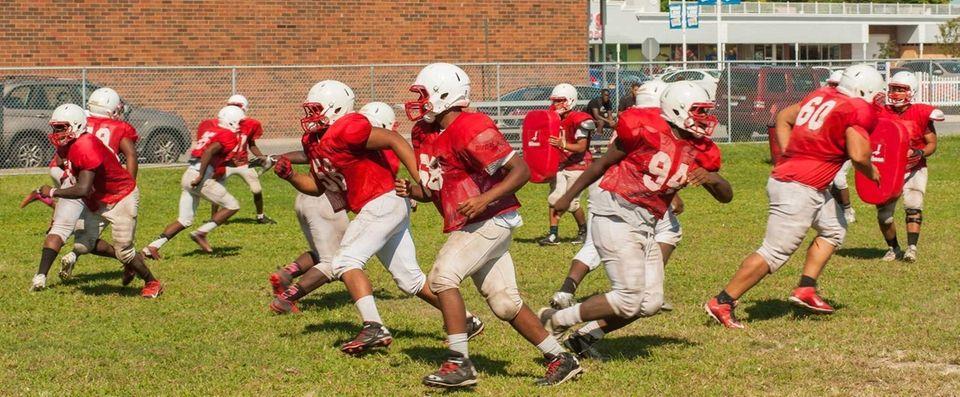 Freeport football players practice for the 2015 season