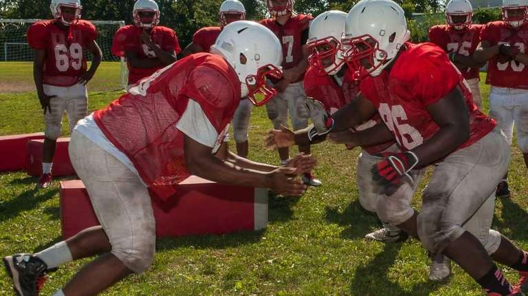 Freeport football players practice for the 2015 season