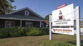 Coffee Pot Cellars in Cutchogue offers four different
