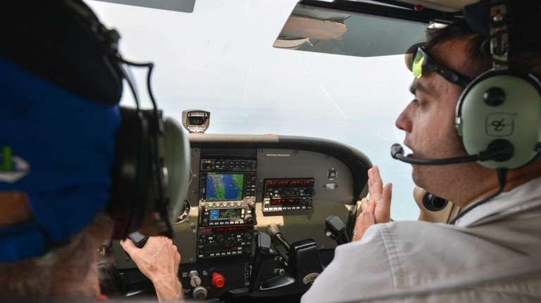 Newsday contributor and pilot in training Bill Bleyer,