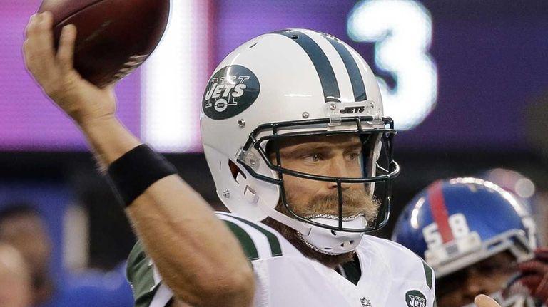 New York Jets quarterback Ryan Fitzpatrick unloads a