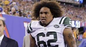 New York Jets defensive tackle Leonard Williams leaves