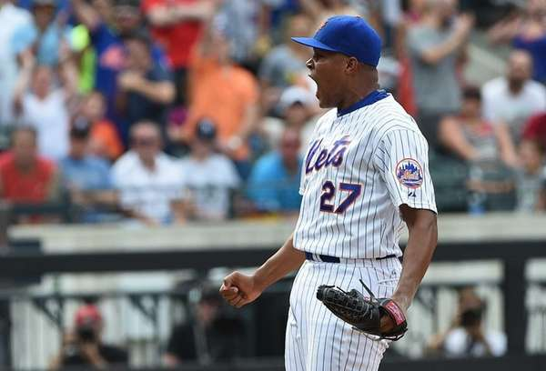 New York Mets relief pitcher Jeurys Familia reacts