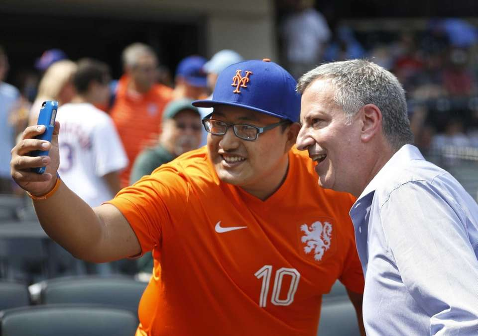 A New York Mets and soccer fan takes