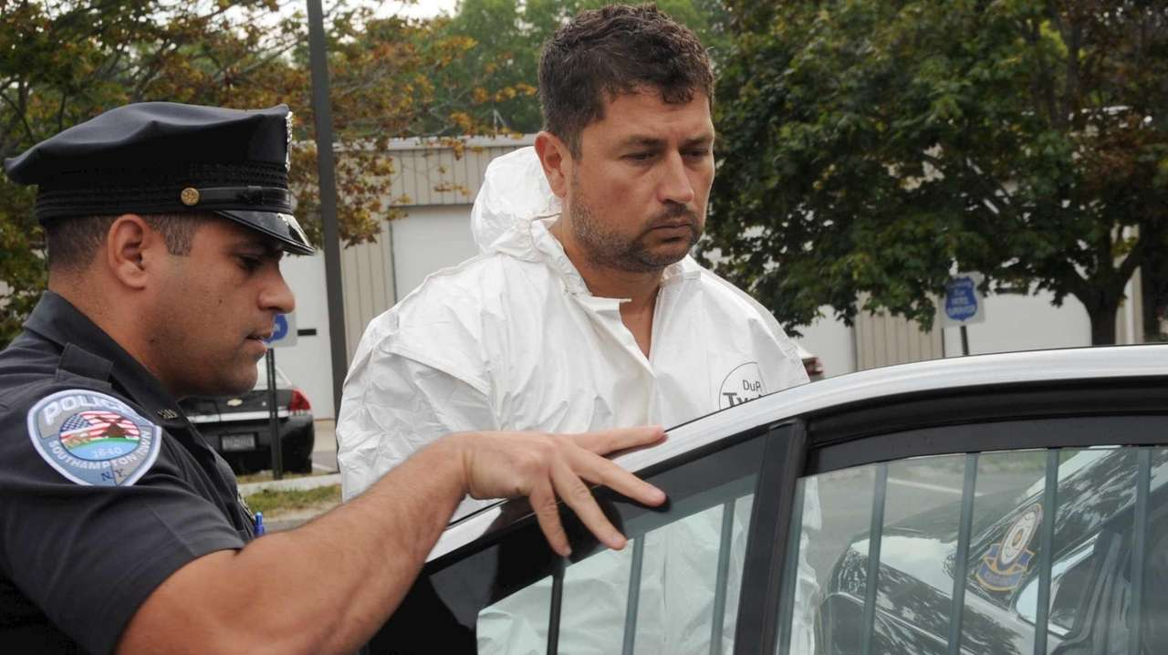 Sean Ludwick, 42, on his way to court