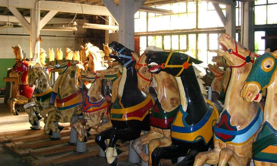 In 2007, the entire carousel was shipped to