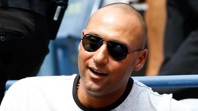 Derek Jeter watched Caroline Wozniacki's match on Day