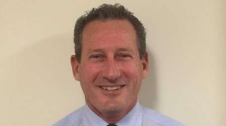 Scott Saunders of Woodbury has been appointed to