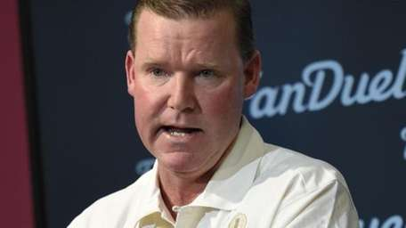 Washington Redskins general manager Scot McCloughan speaks to