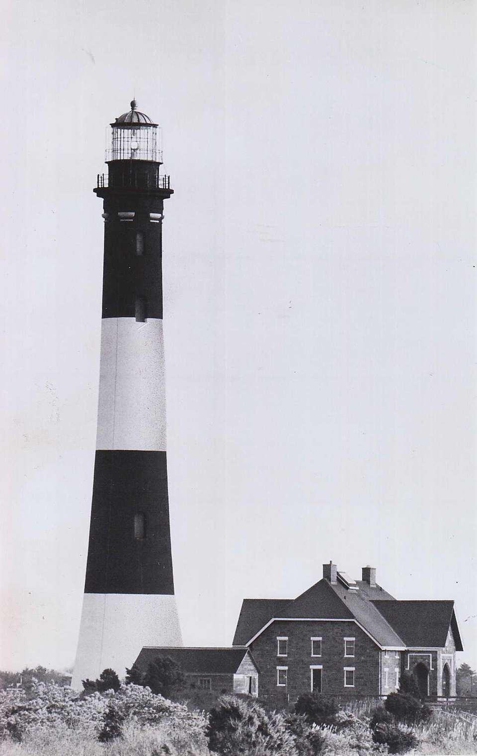 The Fire Island lighthouse on Dec. 16, 1987,