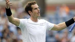 Andy Murray entices the crowd to cheer after