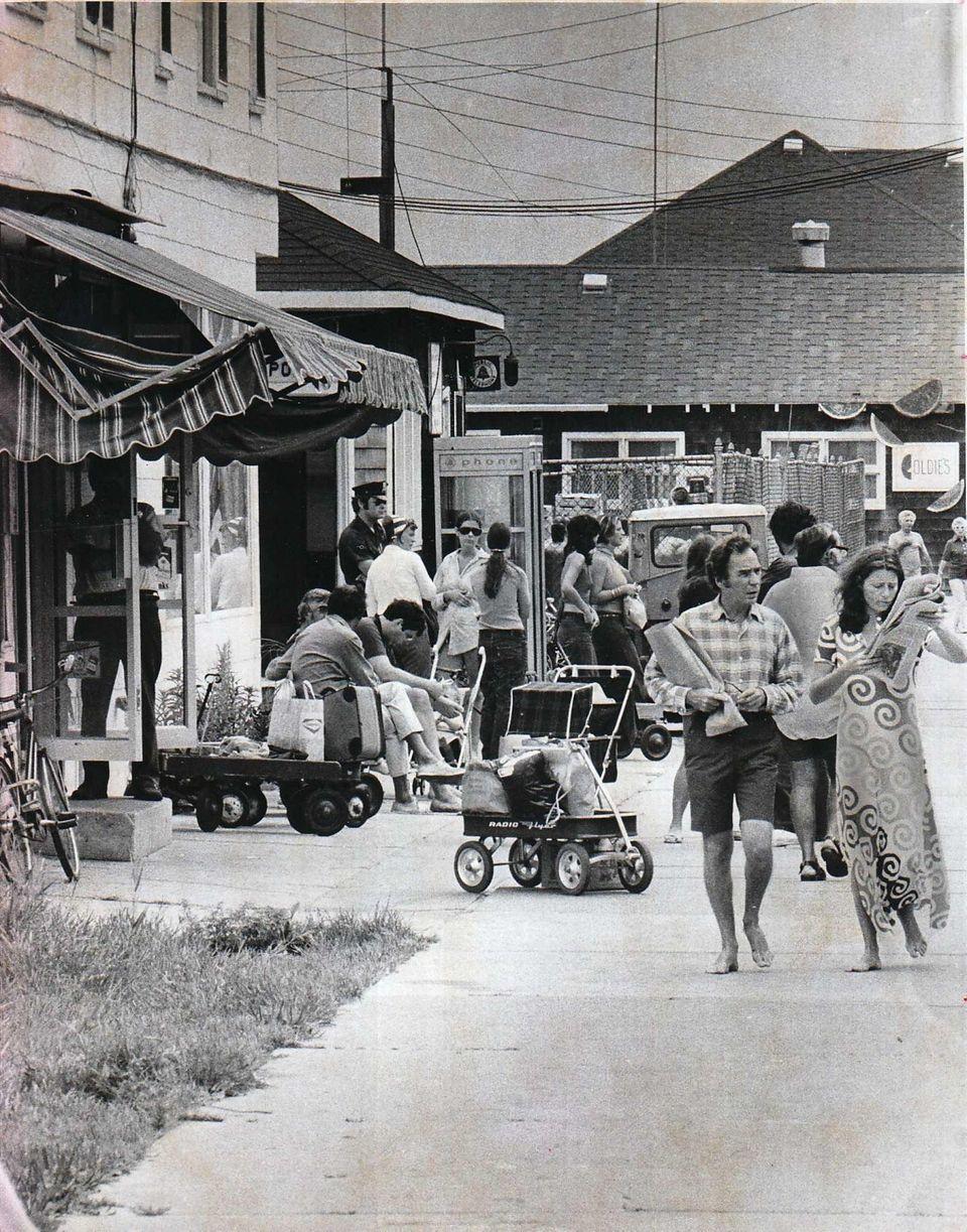 An Ocean Beach walkway on Sept. 2, 1972,