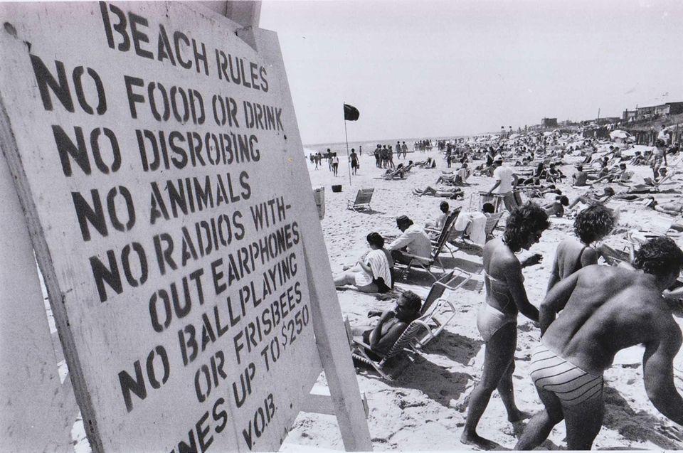 Ocean Beach posts a do-not list for Fire
