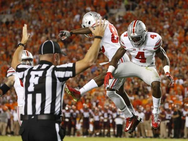 Ohio State running back Curtis Samuel (4) celebrates
