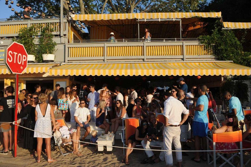 Sunset Beach restaurant on Shelter Island is jammed