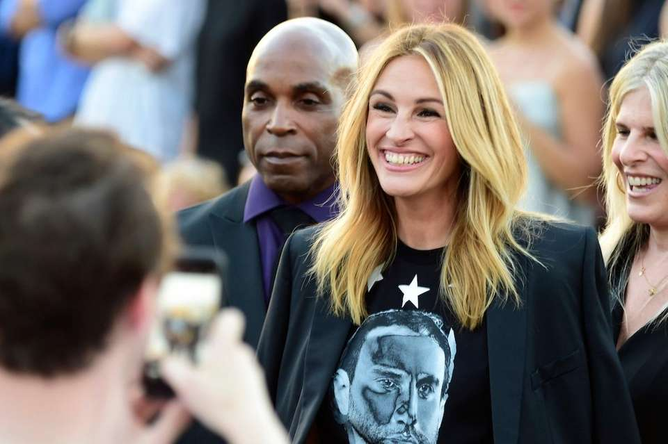 Actress Julia Roberts attends the Givenchy fashion show