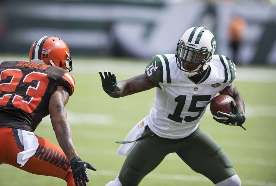 New York Jets wide receiver Brandon Marshall (15)