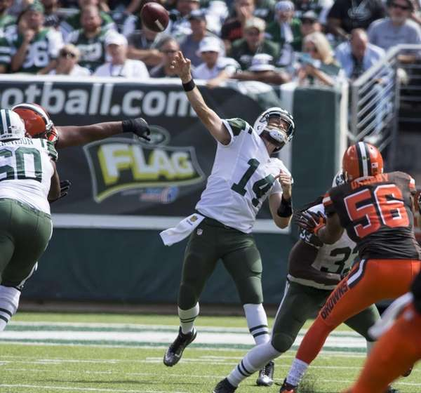 New York Jets quarterback Ryan Fitzpatrick lets loose