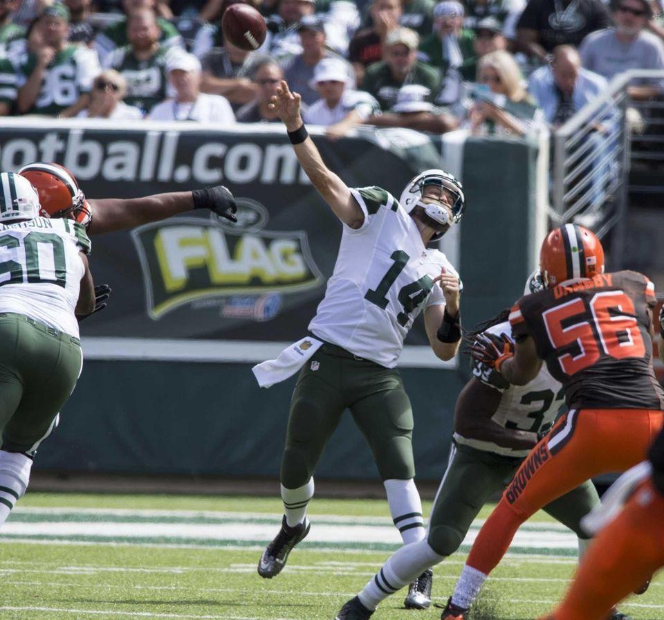 New York Jets quarterback Ryan Fitzpatrick lets loose